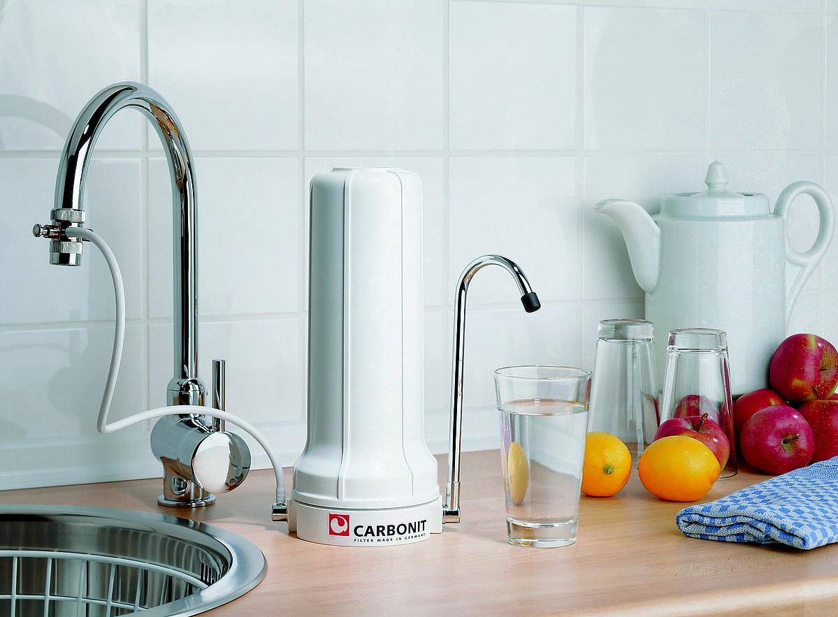 Filtre eau sur vier carbonit sanuno confort ifp puro for Filtre d eau robinet